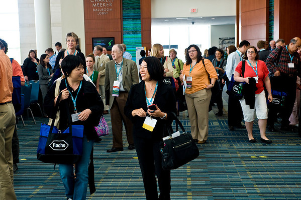 Attendees head to sessions at APHL's 2013 Annual Meeting | www.aphlblog.org